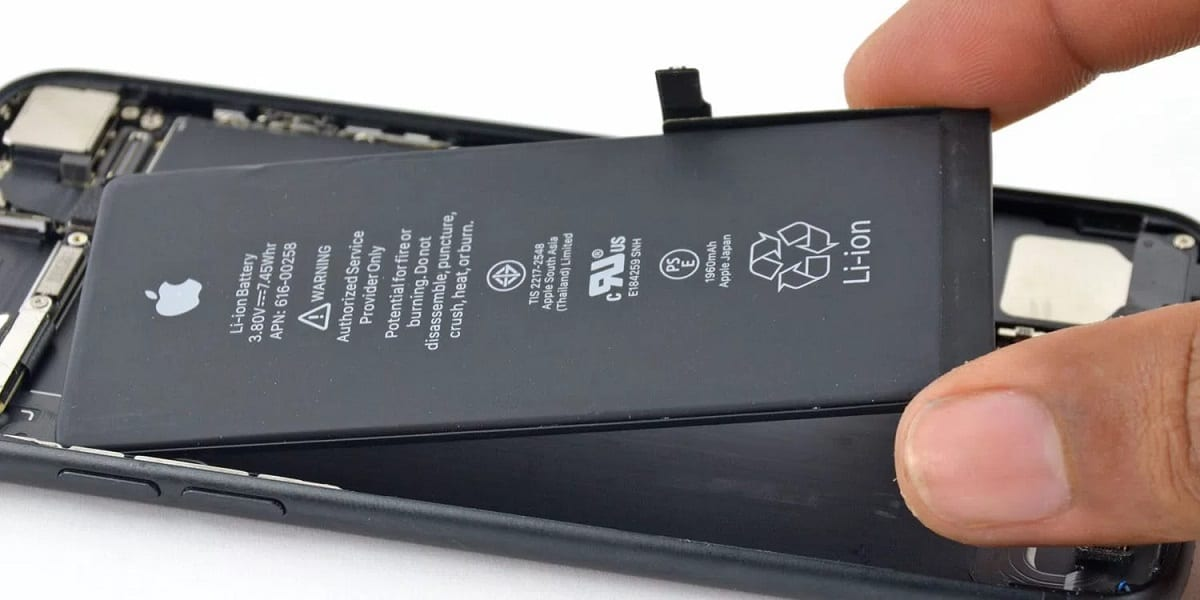 Apple lowers replacement battery costs by $50 after outrage over slow phones