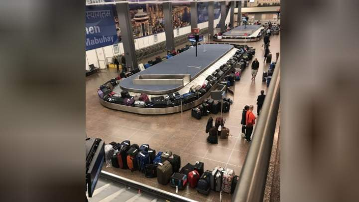 Computer outage at customs causes major travel headache at JFK Airport