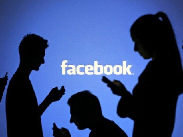 Facebook Changes Privacy Controls As Criticism Escalates