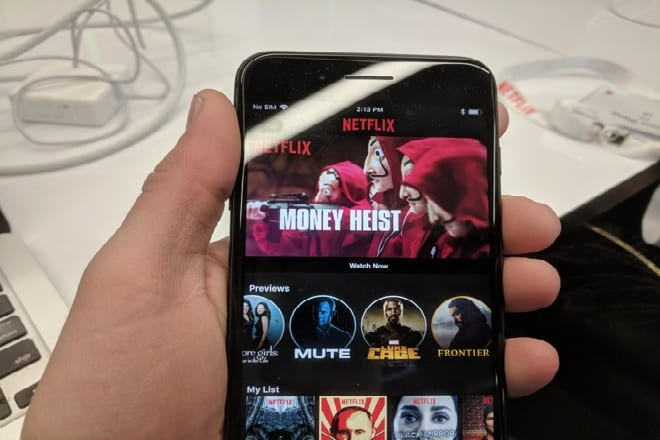 Netflix Adds Instagram Stories-Style Mobile Trailers To Its iOS App