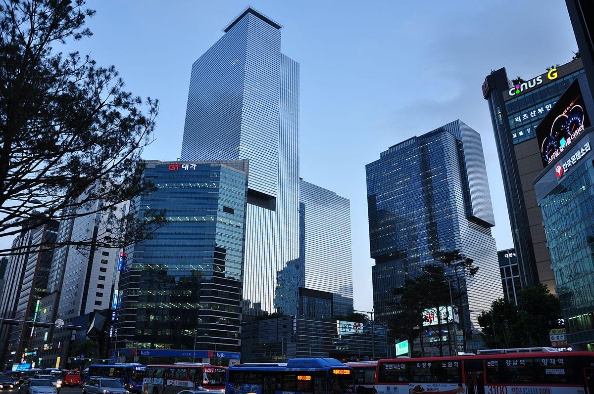 Samsung's Q3 operating profit hits record high at 15.5 bln Dollars