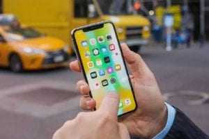 resumed iPhone X production