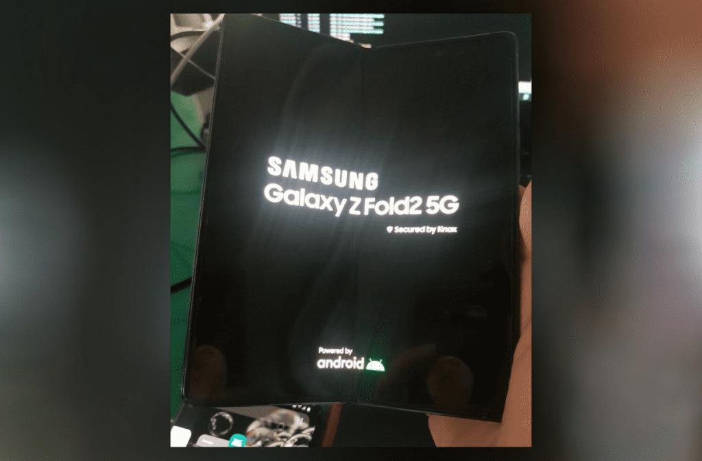 Galaxy Z Fold2 Live Image
