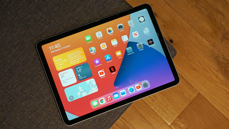 Apple iPad Pro and iPad Air - OLED
